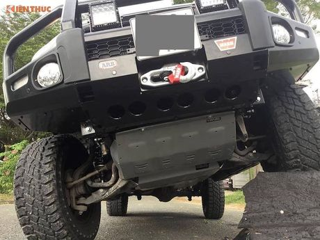 Ford Ranger Wildtrak do offroad 'sieu khung' tai Sai Gon - Anh 3