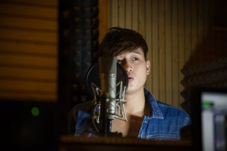Cuu thanh vien Radio band lam moi ban hit cua Minh Thuan - Anh 2