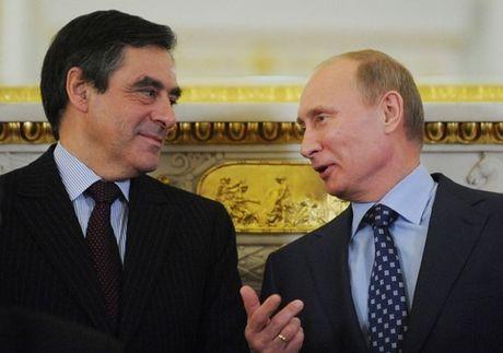 Putin tiep tuc khien EU 'vo tran' tu ben trong - Anh 1