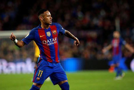 Neymar doi dien an tu 2 nam - Anh 1