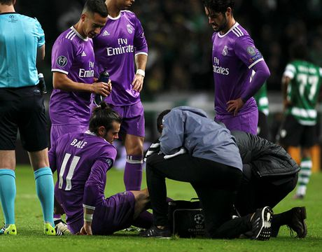 Real Madrid nhan tin du truoc tran 'Sieu kinh dien' voi Barcelona - Anh 1