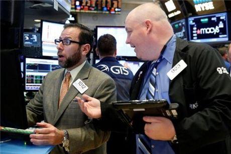 Dow Jones va S&P tiep tuc pha ky luc moi - Anh 1