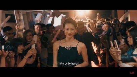 Ban trai Hari Won 'khoa moi' Lilly Nguyen dam duoi - Anh 3