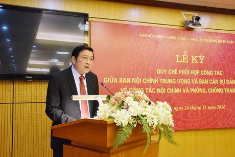 Ban Noi chinh Trung uong va Bo Tu phap ky Quy che phoi hop cong tac - Anh 2