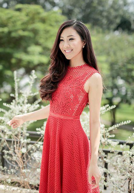 Dieu Ngoc lam viec suot 16 tieng truoc khi len duong thi Miss World - Anh 8