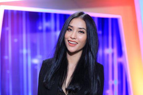 Vua 'lo' thiep cuoi voi Hari Won, Tran Thanh 'lo' Mai Ho - Anh 1