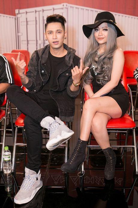 Tronie va MiA 'song kiem hop bich' tai The Remix- Hoa am va anh sang - Anh 1