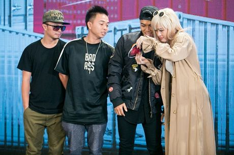 Tronie va MiA 'song kiem hop bich' tai The Remix- Hoa am va anh sang - Anh 3