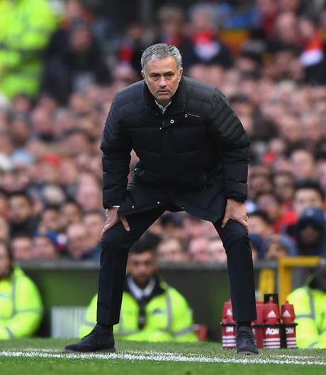 Mourinho: Xay de che MU, can thoi gian nhu Sir Alex - Anh 1