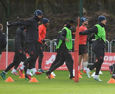 Mourinho: Xay de che MU, can thoi gian nhu Sir Alex - Anh 6