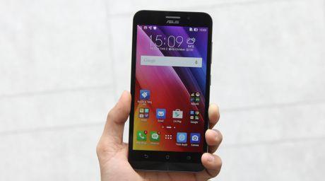 Top 5 smartphone gia re + 'pin trau' dang mua nhat hien nay - Anh 5