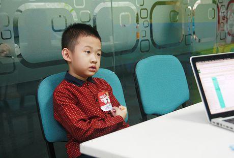 Con trai Van Hugo cung mac sang chan tam ly kho chua - Anh 2