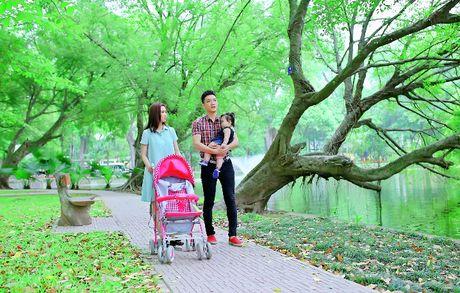 Ru bo vai phan dien, Chi Nhan tro thanh 'soai ca' trong phim moi - Anh 2