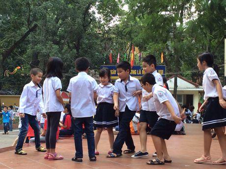 Ha Noi: De xuat tang muc tran hoc phi cong lap chat luong cao - Anh 1