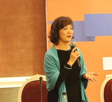 NS Le Khanh xuc dong chia se ve chuong trinh Chay vi tre em Ha Noi - Anh 2