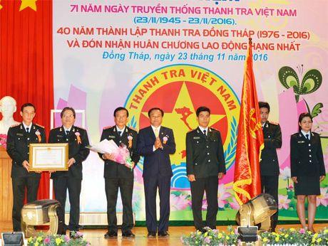 Thanh tra Dong Thap don nhan Huan chuong Lao dong hang Nhat - Anh 1