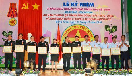 Thanh tra Dong Thap don nhan Huan chuong Lao dong hang Nhat - Anh 3