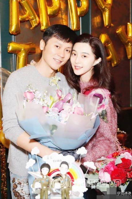 Pham Bang Bang to chuc tiec sinh nhat am ap cho Ly Than - Anh 1