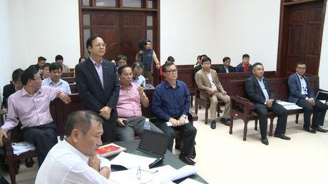 Vu Cong ty Hoai Nam kien UBND tinh Quang Ninh: Hoi y, thoa thuan bat thanh, toa tuyen ngung phien xet xu - Anh 2