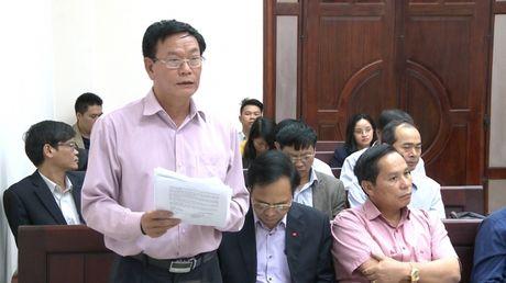 Vu Cong ty Hoai Nam kien UBND tinh Quang Ninh: Hoi y, thoa thuan bat thanh, toa tuyen ngung phien xet xu - Anh 3