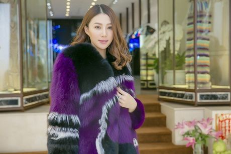 Le Ha chon do Cong Tri tham du Victoria's Secret, du suc lan at cac thien than? - Anh 10