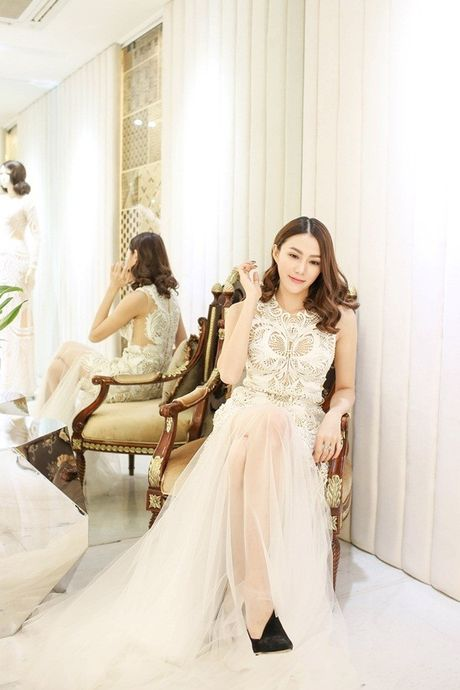 Le Ha chon do Cong Tri tham du Victoria's Secret, du suc lan at cac thien than? - Anh 4