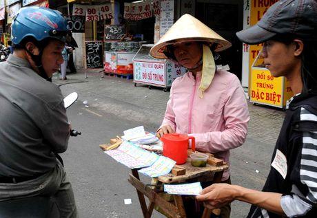 Ve so trieu USD: 'Nguoi trung la co that; chung toi khong chieu tro gi ca' - Anh 1