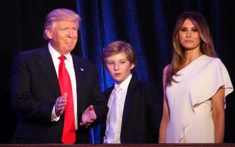 Con trai ong Donald Trump khong chuyen truong, phu huynh lo lang an ninh - Anh 1