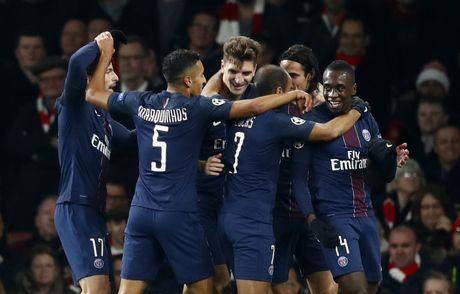 Arsenal cam hoa PSG 2-2 nho an va va phan luoi nha - Anh 4