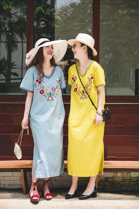 Song Yen goi y trang phuc doi cho chi em gai xuong pho - Anh 4