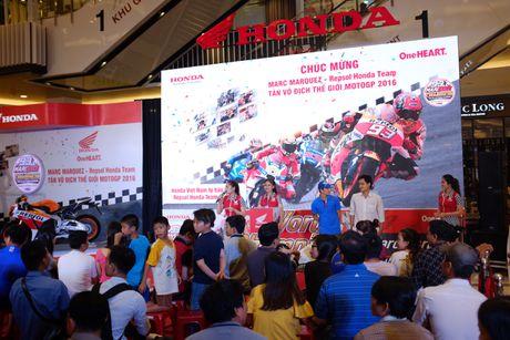 Honda Viet Nam to chuc mung chien thang cua Marc Marquez 93 - Anh 4