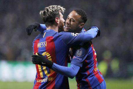 Neymar can bang ky luc cua Xavi, Oezil va Ibrahimovic - Anh 1