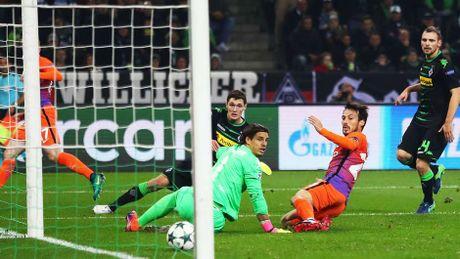 Marco Reus vao doi hinh tieu bieu vong 5 cup chau Au - Anh 7