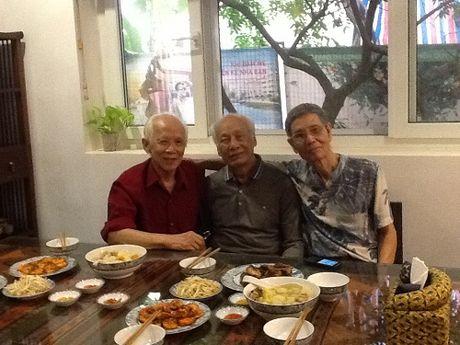 Tuoi 86 van khong ngung lao dong - Anh 1