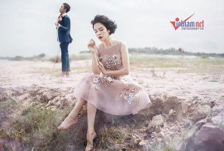 Thu Phuong toc ngan, chan tran ke vai trai tre - Anh 1