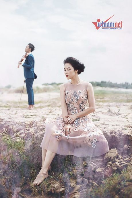 Thu Phuong toc ngan, chan tran ke vai trai tre - Anh 2