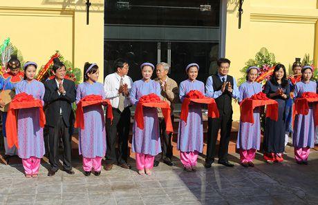 Mo cua Khu co vat Cham tai Bao tang Co vat Cung dinh Hue - Anh 1