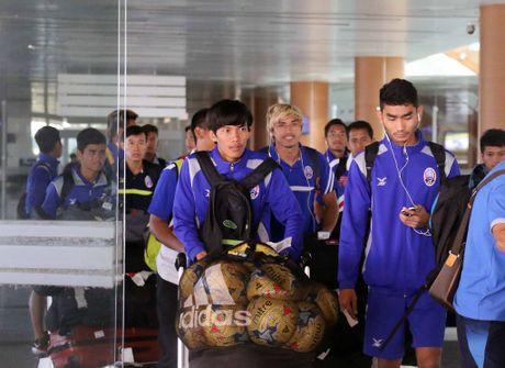 Xuan Truong cuoi cuc tuoi khi DT Viet Nam dat chan den Nay Pyi Taw - Anh 12