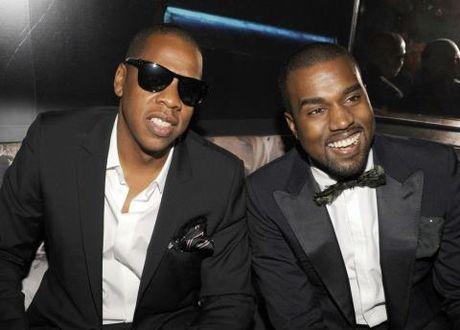 Kanye West nhap vien: Cai gia cua mot nam day bien co - Anh 2