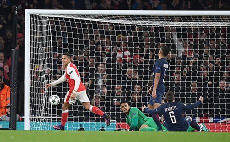 Arsenal – PSG la tran dau ky la nhat Champions League 7 nam qua - Anh 1
