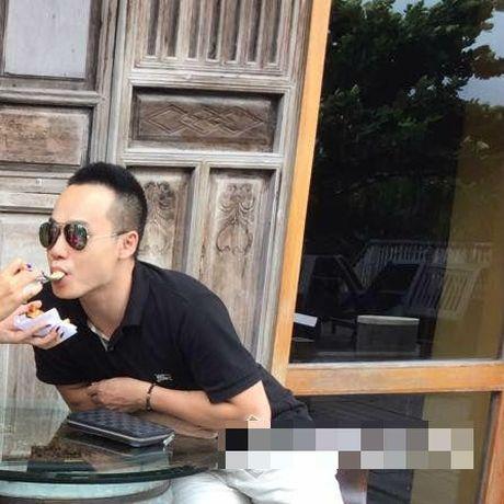 Van Hugo phu nhan thong tin co ban trai het long yeu thuong, o ben che cho khi bi benh - Anh 3