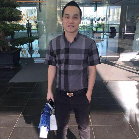 Van Hugo phu nhan thong tin co ban trai het long yeu thuong, o ben che cho khi bi benh - Anh 7