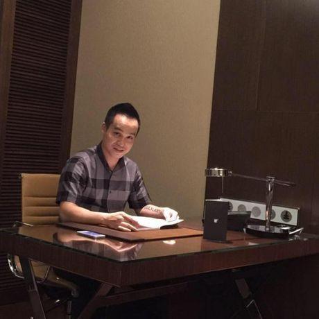 Van Hugo phu nhan thong tin co ban trai het long yeu thuong, o ben che cho khi bi benh - Anh 8