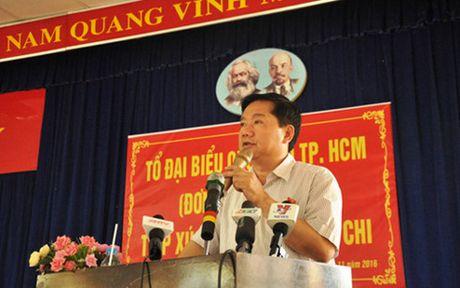 Bi thu Thanh uy TPHCM Dinh La Thang tiep xuc cu tri - Anh 1