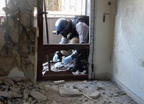 Nga khang dinh phien quan su dung vu khi hoa hoc tai Aleppo - Anh 1