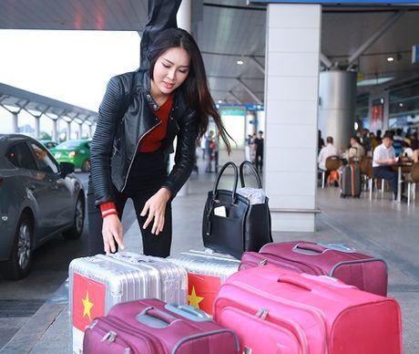 Hoa khoi Dieu Ngoc mang 100kg hanh ly di thi Miss World - Anh 5