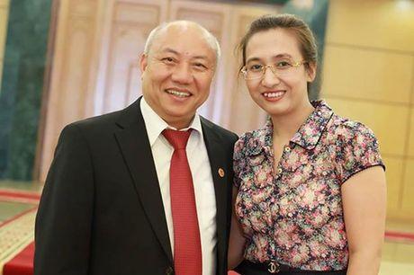 Hinh anh hanh phuc den phat ghen cua BTV Van Anh - nguoi roi VTV - Anh 1