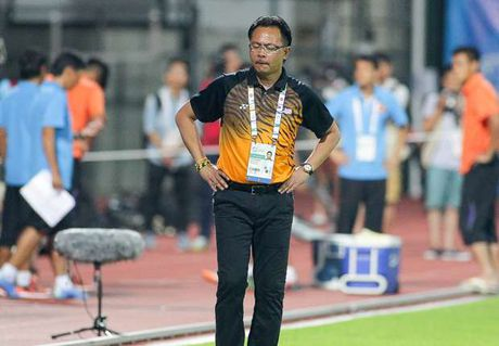 HLV Ong Kim Swee nhan 'toi hau thu' tu LDBD Malaysia - Anh 1