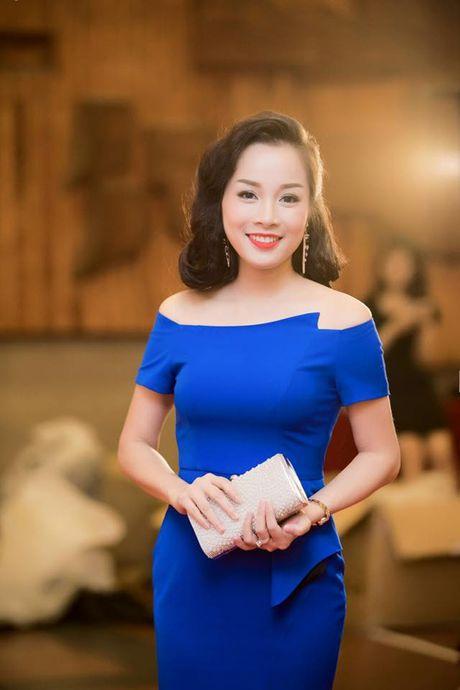 6 hot girl cung thoi Van Hugo tu que kieng den sang chanh - Anh 24