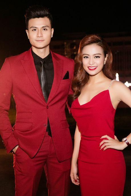 6 hot girl cung thoi Van Hugo tu que kieng den sang chanh - Anh 4